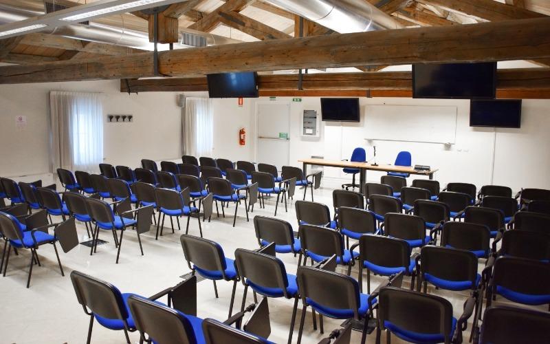 view of the empty room 5 in Santa Chiara headquarter